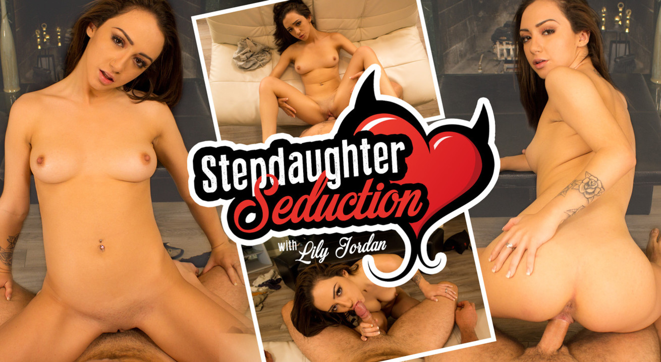 Stepdaughter Seduction VR Porn