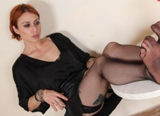 Sassy Ammalia teases you with her fabulous feet